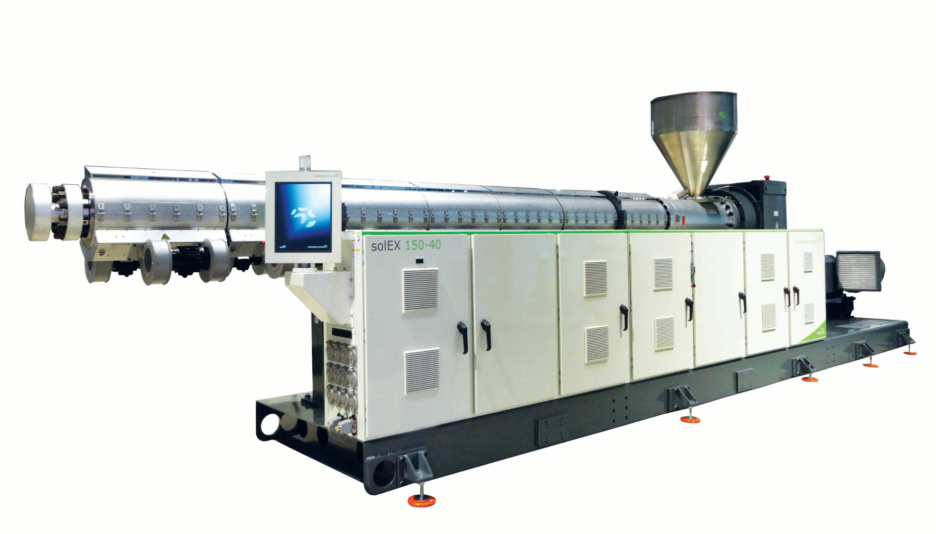 The powerful solEX 150 is the newest addition to the solEX single screw extruder series and particularly suited for large diameter pipe extrusion with outputs of up to 2,750 kg/h photo: battenfeld-cincinnati